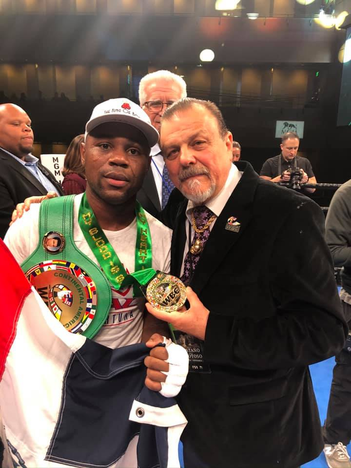 Sampson Lewkowicz Re-Signs Dominican Two-Time World Champion Javier Fortuna to a Long-Term Promotional Contract