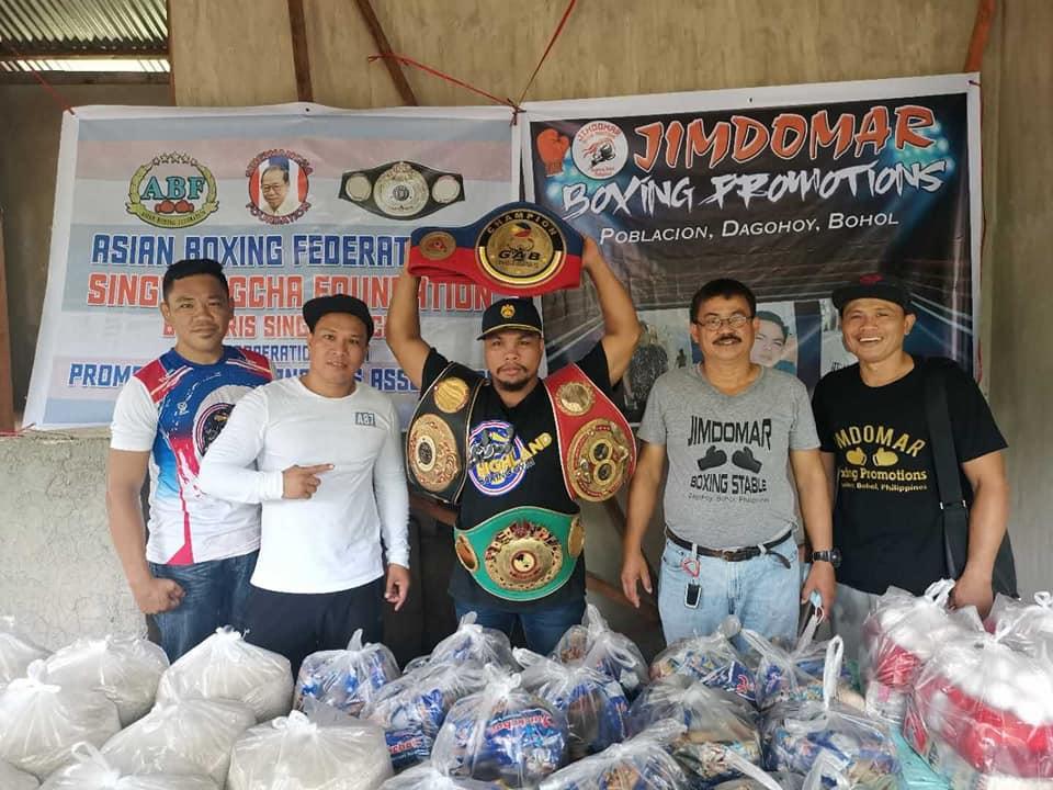 Singwangcha Foundation and Filipino Champ Heads Distribution of Goods to Boholanos