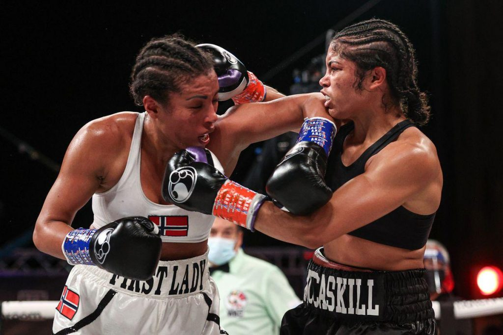 After Jessica McCaskill's surprise victory in 2020, it was confirmed a few days ago that the new clash between McCaskill and former champion Cecilia Braekhus will take place on Saturday, March 13th.