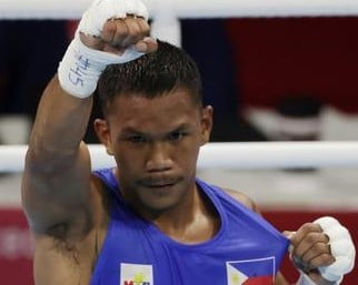 Marcial stops foe in 1st round